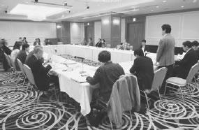 22人が出席して開かれた下東医師会との懇談会