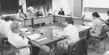 医療ツーリズムの問題点が指摘された委員会